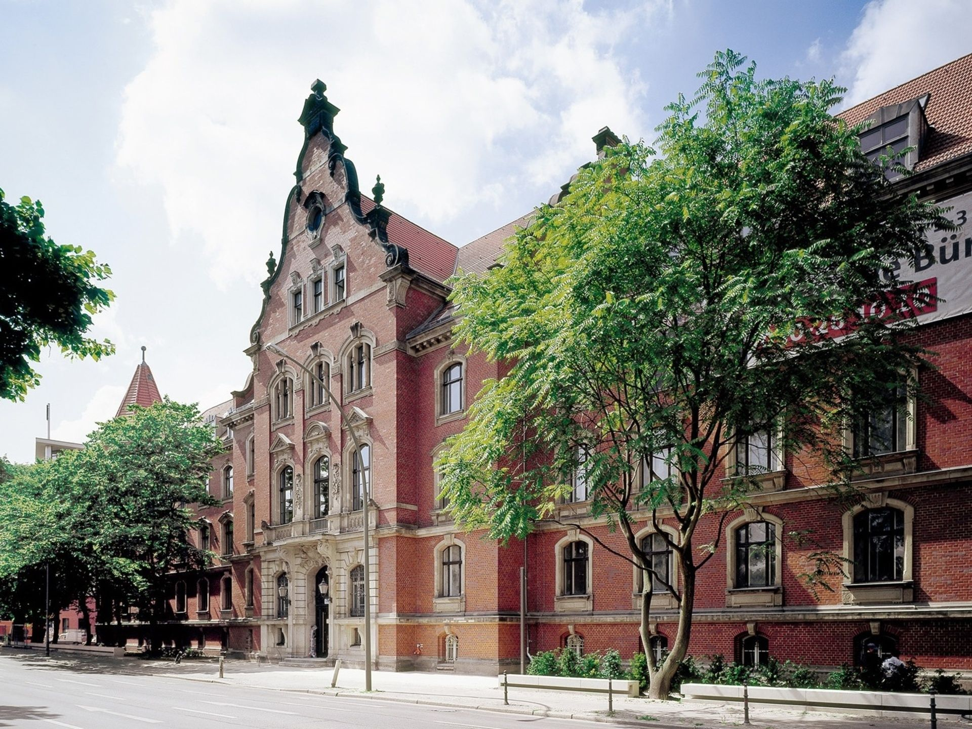 Schöneberger Ufer 1-3, Berlin